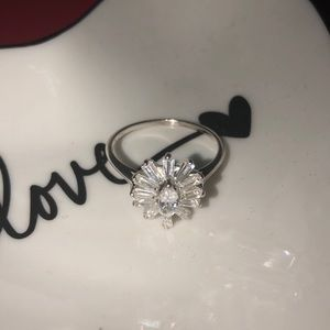 Jewelry - 💍Sterling silver cocktail ring! 💍